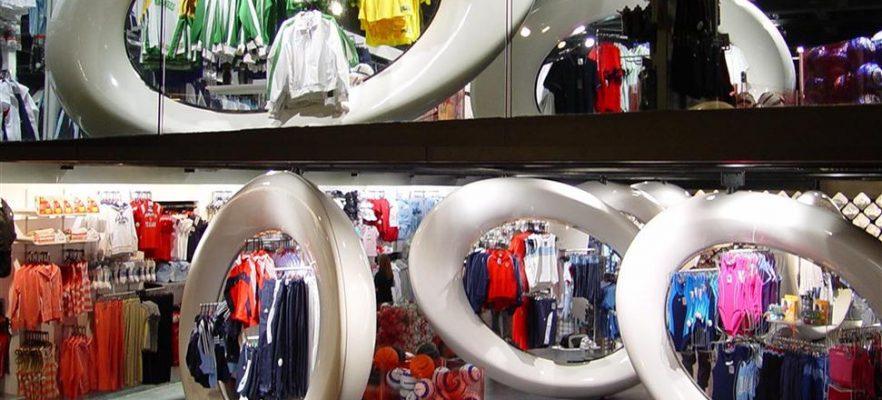 Champion Sports ALA designed the Champion Sports display rings
