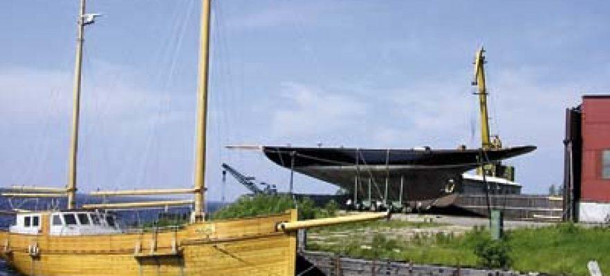 Britannia Britannia on the quay in Arkangel